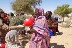 Hilfsaktion_Tschad_Geschenkverteilung-6