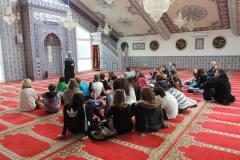 05-Besucher_Moschee_Wohlen