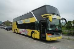02-Der_Bus_steht_bereit