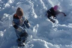 15-Kinder_im_Schnee
